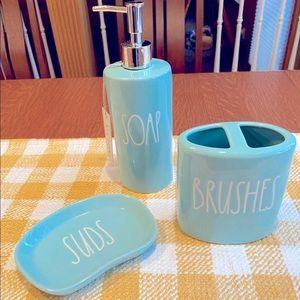 Rae Dunn Bathroom Set in Tiffany Blue